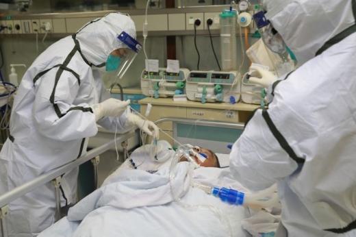 Încă 9 decese cauzate de coronavirus. Printre victime, și o asistentă medicală