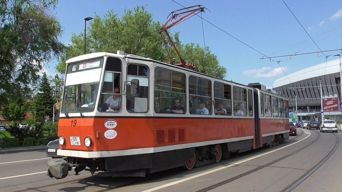 Tramvaiele au fost puse în circulație în 1987, cu 100 de ani mai târziu față de celelalte orașe