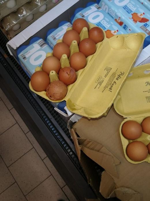 Două magazine, ÎNCHISE de Protecția Consumatorului Cluj. Amenzi usturătoare și sute de kilograme de produse, oprite de la vânzare