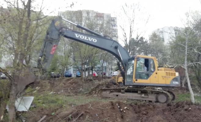 Grădinile de La Terenuri, distruse de exacavatoare! Urmează să se construiască blocuri noi