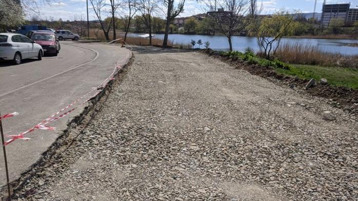 """Parcări în loc de garaje în cartierul Între Lacuri? """"Ar fi o mare greșeală!"""", spun activiștii"""