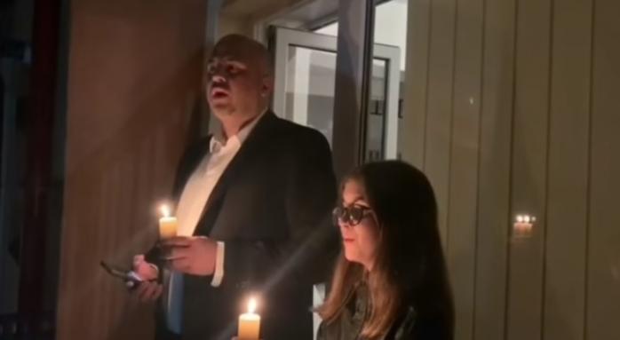 """Noaptea Învierii pe balcon. Emanuel Ungureanu: """"Am înălțat o rugă către Cer"""" VIDEO"""