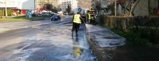 Ce străzi vor fi spălate cu detergent în următoarele zile