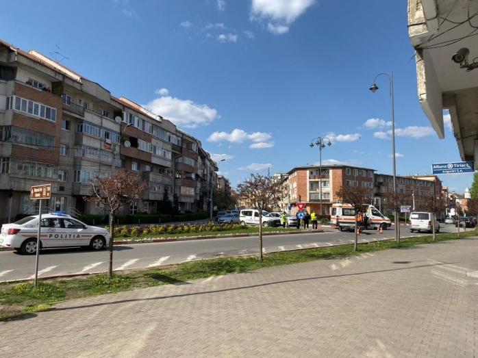 Accident în Turda! Un motociclist teribilist a fost rănit