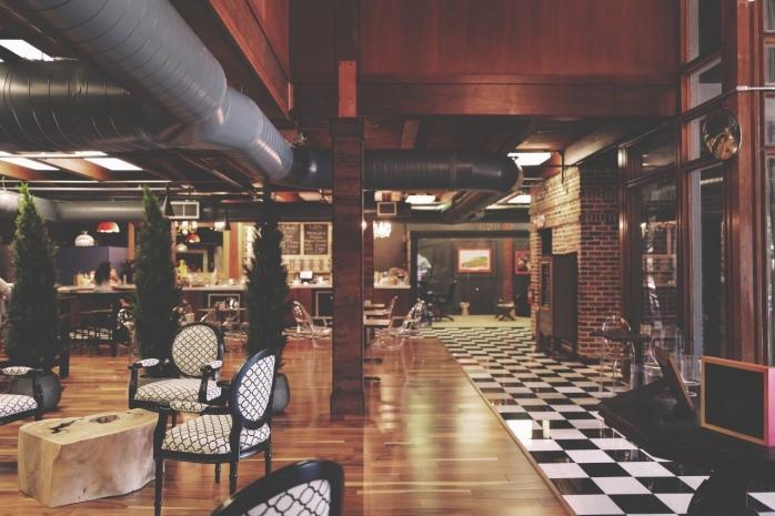 Hotelurile, barurile si restaurantele, inchise pana la Craciun. Tara in care guvernul tocmai a facut anuntul