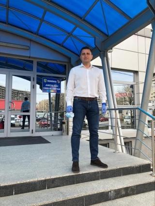 """Directorul DGASPC Cluj, DEMIS de Consiliul Județean! Tămaș: """"O mascaradă marca Alin Tișe"""". CJ: """"Curtea de Conturi arată mai multe ilegalități"""""""