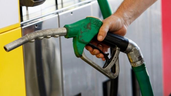 Preţul benzinei a coborât sub 4,4 lei la Cluj-Napoca! Unde găsim cei mai ieftini combustibili în oraş