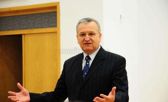 Vasile Pușcaș:
