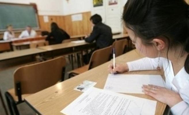 Revenirea la şcoală a elevilor care trebuie să susțină examene este OPȚIONALĂ! Cum se vor organiza examenele