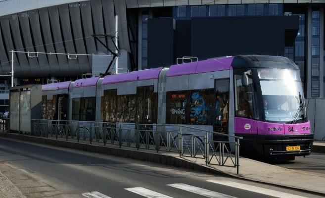 VIDEO. Primul tramvai Astra a ajuns la Cluj! Alte 11 vor fi livrate în cursul anului