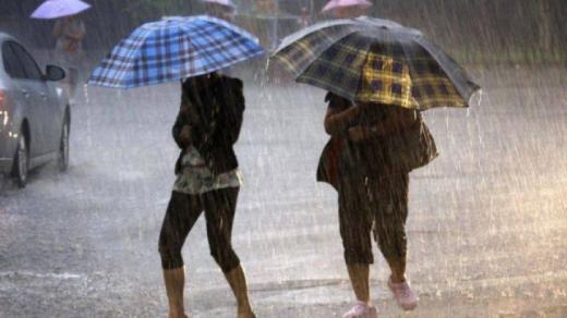 Vremea se schimbă brusc! Ploi, vijelii  și grindină în cea mai mare parte a ţării