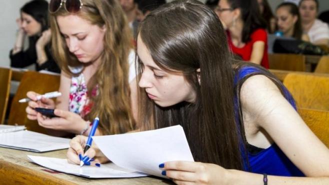 Studenţii clujeni vor face o declaraţie de onestitate înaintea examenelor