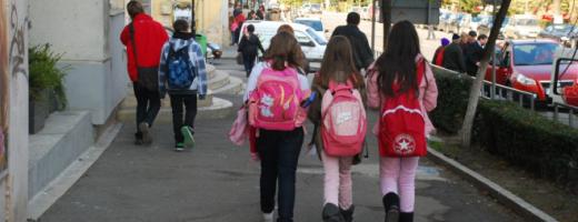 """Ministrul Educației se pregătește pentru deschiderea școlilor în toamnă """"Să nu mai existe niciun copil care să nu aibă acces la tehnologie, la învățarea asistată de tehnologie"""""""