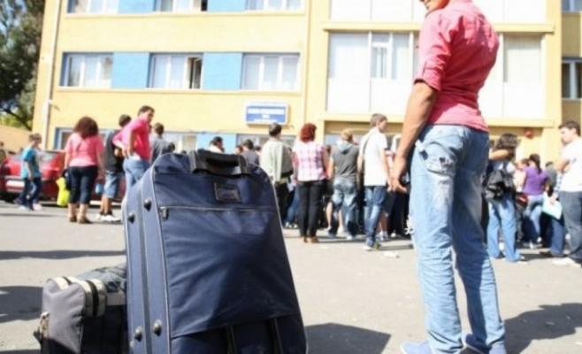Studenţii clujeni, forţaţi să renunţe la chirii! Proprietarii ţin de fiecare euro