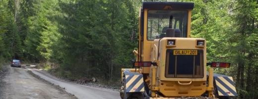 ATENȚIE, clujeni! Se toarnă asfalt pe un sector de drum județean!
