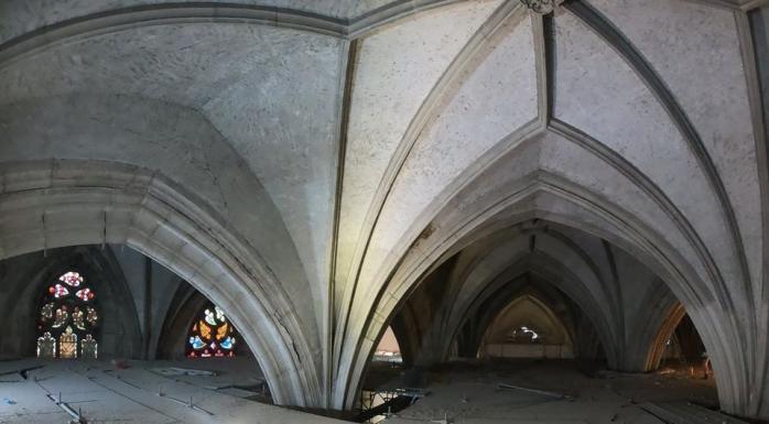 Fotografii inedite din interiorul Bisericii Sfântul Mihail, în reabilitare