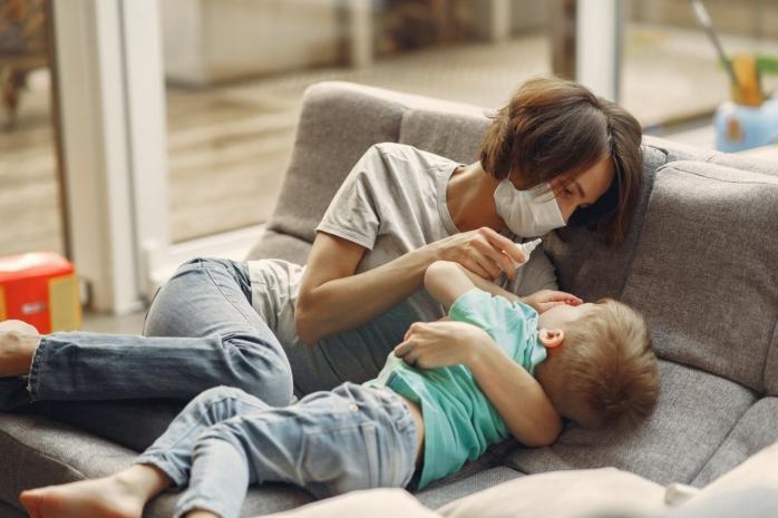Coronavirusul cauzează febră inflamatorie mortală la unii copii