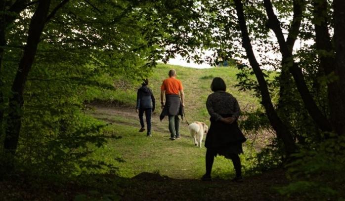 Românii cer acces neîngrădit în pădurile țării. Sunt în stare să aibă grijă de ele?, sursă foto: Facebook Adrian Dohotaru