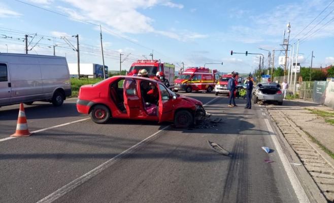 Accident GRAV de circulație la Jucu. Un bărbat a ajuns la spital – VIDEO
