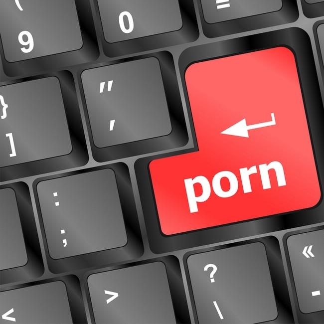 Românii au rupt site-urile PORNO în carantină! Creşteri impresionante în martie şi aprilie