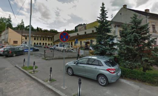 O PARCARE PRIVATĂ cu 300 de locuri va fi construită în Centrul Clujului, de Biserica Reformată