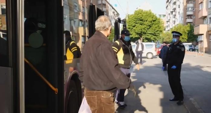 cum-se-circula-in-autobuzele-din-cluj-napoca-in-timpul-starii-de-alerta-video, sursă foto: Facebook Emil Boc