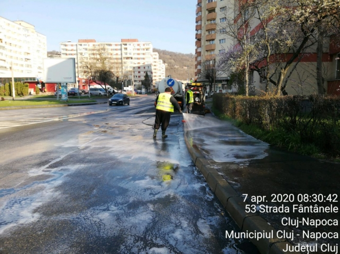 Dezinfectarea străzilor ar putea fi periculoasă. Anunțul Oranizației Modiale a Sănătății