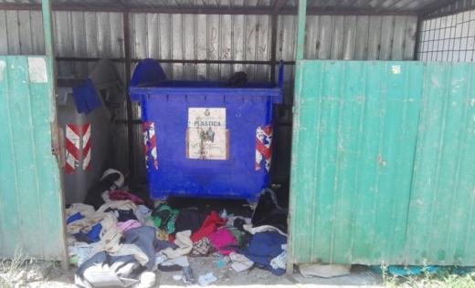 """Ar colecta selectiv, dar nu au containere! Locuitor din Chinteni, revoltat: """"Răspunsul Primăriei a fost unul pe hârtie, altul în fapt"""""""