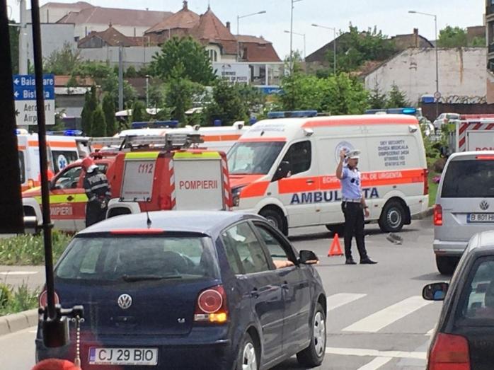 VIDEO. Accidentul dintre o ambulanță și o mașină, surprins de o cameră de bord