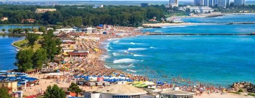Românii ar putea pleca în vacanțe în străinătate. Clujenii preferă să rămână în țară