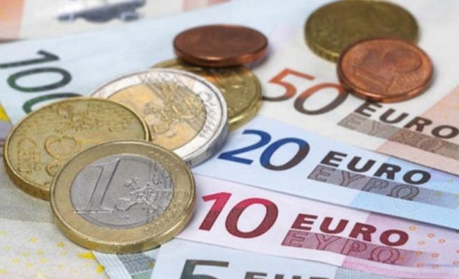CURS VALUTAR 27 mai. Euro continuă să crească