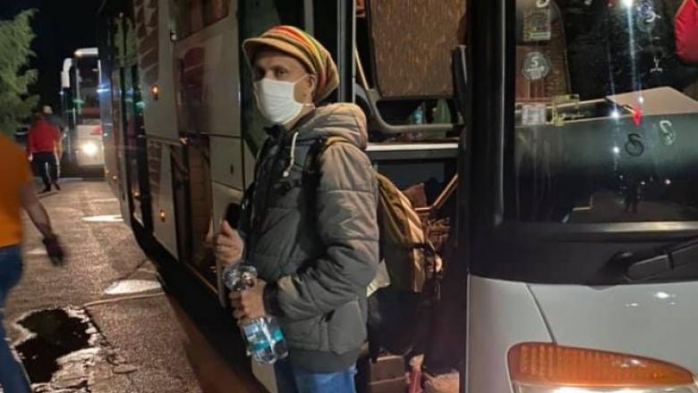 Zeci de muncitori din Sri Lanka vin să lucreze la Cluj, după ce au fost abandonați pe un aeroport
