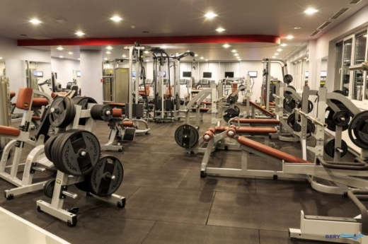 Aparate sala de fitness