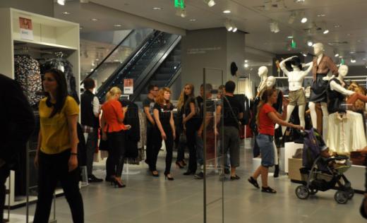 Mall-urile vor fi redeschide!. Data promisă de ministrul Economiei