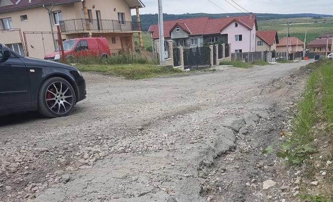 vor-primi-in-sfarsit-o-lopata-doua-de-ceva-strada-valea-fanatelor-intra-in-modernizare, sursă foto: arhivă monitorulcj.ro