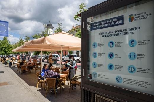 """Proprietarii de localuri din Piața Unirii cer extinderea teraselor, pentru a """"supraviețui"""" crizei coronavirus"""