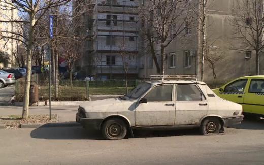 Mașinile nefolosite pot fi ridicate după 6 luni