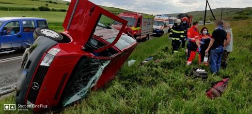 Trei ACCIDENTE într-o oră în Cluj. Viteza și neatenția, principalele cauze. FOTO