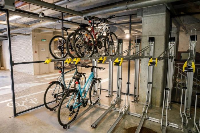 """Regulamentul pentru parcările de biciclete a încins spiritele în Primărie. Boc: """"Sunt foarte furios, așa ceva să nu mai promovați!"""""""