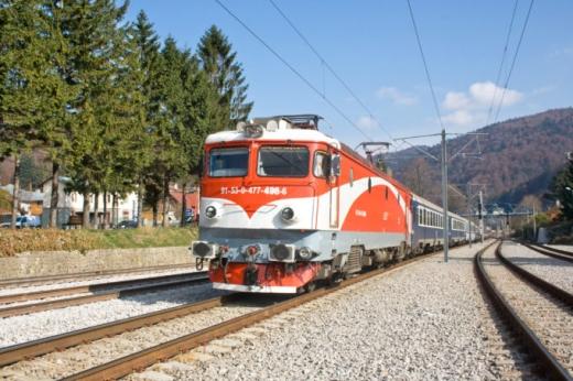 Clujenii vor putea merge la mare pe șine. Când vor fi introduse trenurile spre litoral