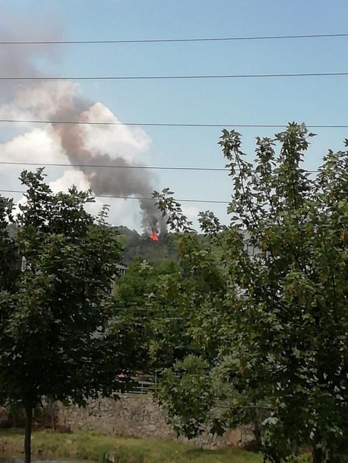 Incendiu în apropiere de pădurea Hoia
