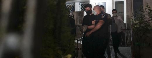 """Vloggerul Alexandru Bălan """"Colo"""", reținut după clipurile în care incita la violență pe internet"""