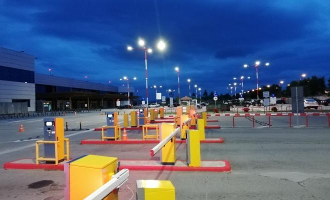 Sistem modern de iluminat și supraveghere video în parcarea Aeroportului Cluj