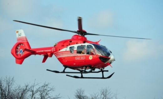 O femeie în stare critică va fi transportată cu elicopterul SMURD de la Dej la Cluj