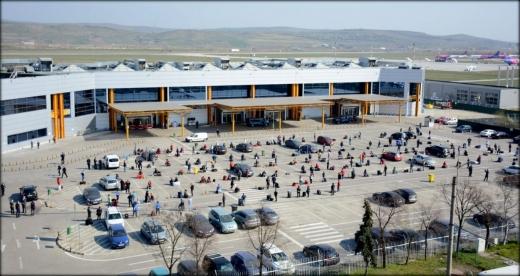 GOTO Parking nu renunță la parcarea de la Aeroport. A atacat decizia CJ de a ceda Aeroportului administrarea parcării.