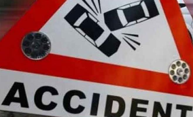 Accident pe DN 1C. Două mașini s-au ciocnit după ce unul dintre șoferi a întors fără să se asigure