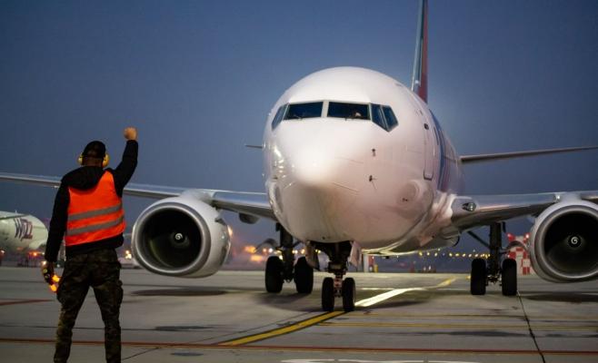 Ce zboruri rămân interzise până în 17 iulie. LISTA ȚĂRILOR spre care nu se poate zbura