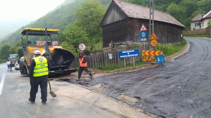 Un important drum turistic din Cluj va fi asfaltat