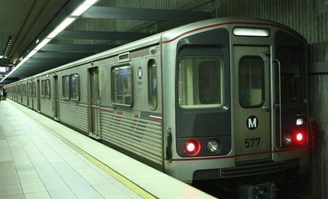 PANICĂ în Capitală! Alertă cu bomba la metrou