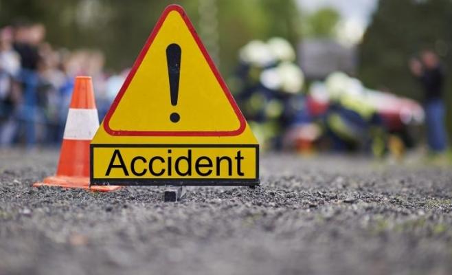 ACCIDENT ÎN LANȚ în comuna clujeană Mica. Trei mașini au fost avariate și două persoane rănite